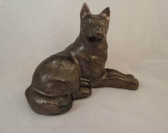 Vintage ceramic  dog figure islandic hand made