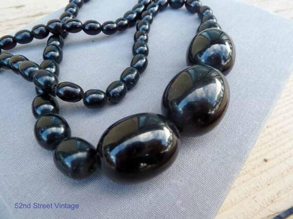 1940s Vintage Black Bakelite Necklace Beads Chunky