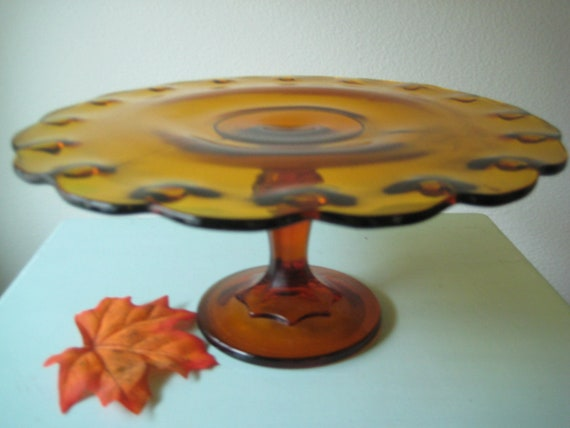 11 Inch Amber Glass Cake Stand  / Thanksgiving Cake Pedestal / Cupcake Stand / Vintage Cake Stand Weddings /Baby Shower Cake/Birthday Cake