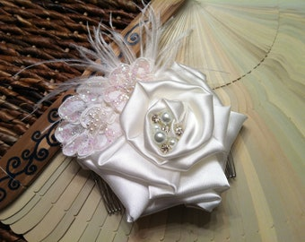 Ivory Hairpiece/Bridal Feather Comb/Ivory Flower Hairpiece/Wedding Fascinator/Bridal Hair Accessory/Hair Comb/Lace Comb