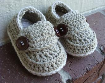 Baby Loafers,Newborn Baby Booties,crochet Baby Booties, Baby boy Loafers. Knit booties,Tan & Ivory