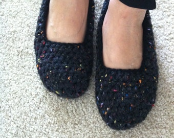 Extra thick , Simply slippers , Crochet Adult  Slippers , house shoes