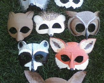 Woodland masks, owl, deer, fox, squirrel, rabbit, hedgehog, raccoon, wolf, peacock, bear, beaver, cardinal, lemur