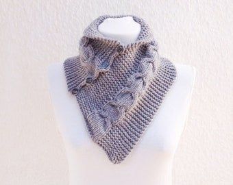 SCARF Grey neckwarmers with button,Chunky Scarf ,scarves,fall fashion,winter accessories,autumn,Knitting