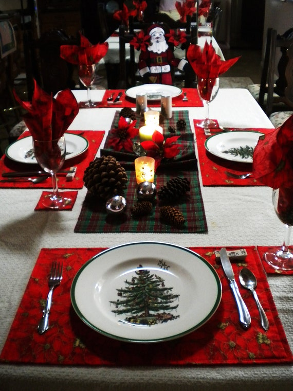 & Items similar to SALE - - - - Christmas Dining Table linen set on Etsy