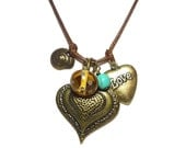Vintage style- shabby chic -FREE SHIPPING- Heart lampwork charm necklace