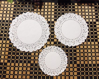 "White Paper Doilies, White Paper Lace Doilies, 25 Paper Lace Doilies, 4"", 5"" or 6"" Diameter (Your Choice), White"