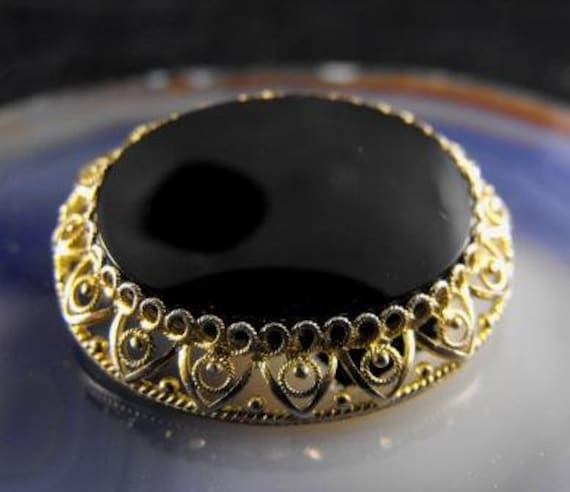 RESERVED Soapycakes: Alice Caviness Signed Brooch Sterling Vermeil Onyx