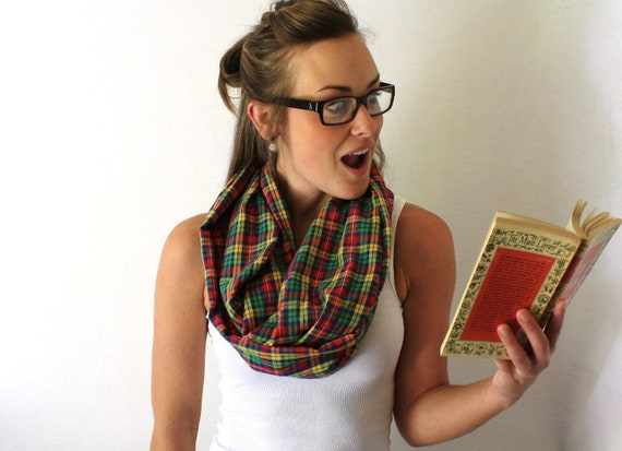Plaid Circle Scarf - Red and Green - Back to School - Fall Fashion - Infinity Scarf