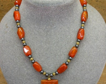 Agate, Carnelian & Hematite Showpiece Necklace
