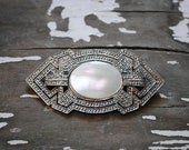 Vintage Art Deco Style Silver and Mother of Pearl Brooch