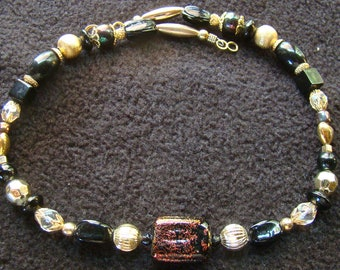 17 inch Dichroic Choker in ebony and gold