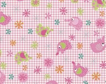 SALE / Pink elephants gingham / Elephant Parade / Patchwork quilting / fat quarter