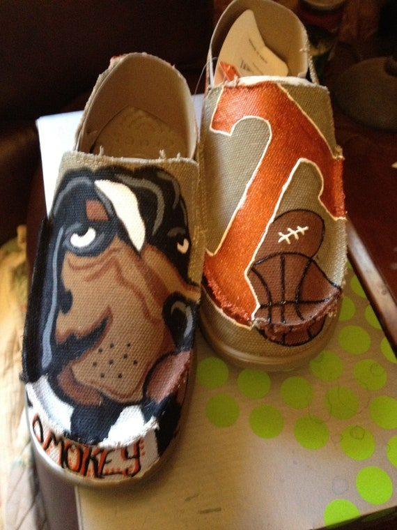 University of Tennessee Volunteers Gameday & Tailgating Shoes (CROCS)