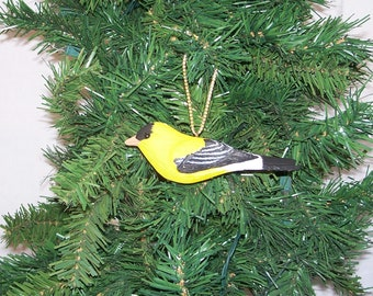 Goldfinch Christmas ornament,hand carved and painted song  bird  by Randy & Elaine Fisher ,FISHER WILDLIFE