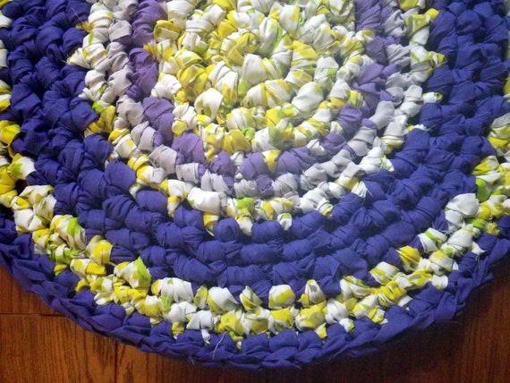 Artisan Crochet Rag Rug Iris Blooms Cottage Shabby Chic Eco Art Textile Round Nursery Pet Mat Purple Yellow Dorm Kitchen Bath Shower