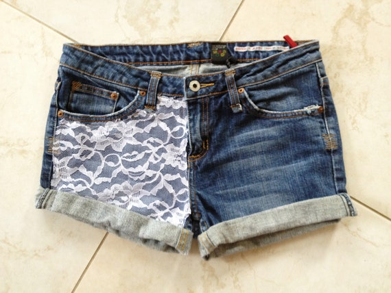 Size 29 Vintage Low Rise Lace Accented Jean shorts