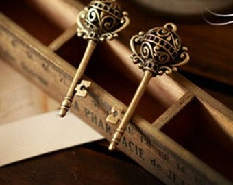 5pcs  antique bronze  plating key  pendant finding