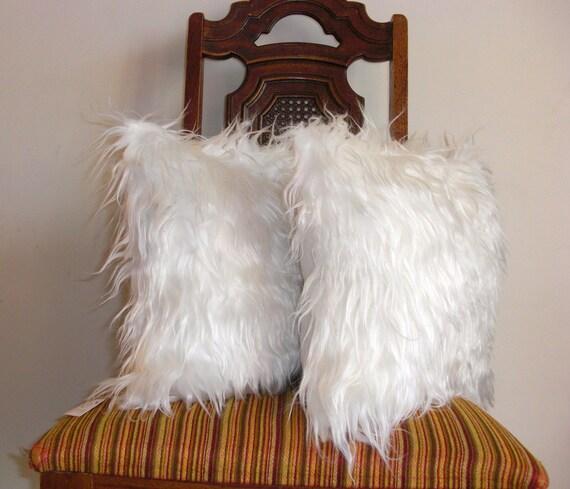 White fur pillow throw 14 X 14 fluffy long white fur golden