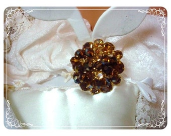 Cha Cha Amber/Chocolate Brooch D and E  Juliana Round Pin  119a-011609030