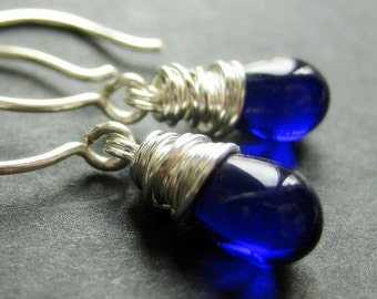 STERLING SILVER Earrings - Cobalt Blue Earrings. Wire Wrapped Teardrop Earrings. Handmade Jewelry.