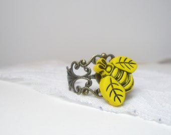 Nature inspired  yellow Color  Busy Bee  ring.  Botanical jewelry   Free Shipping  Worldwide