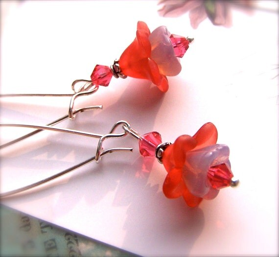 Lucite Flower Earrings, Vintage Style Lucite Glass Jewelry, Pink Lilac Flower Bead Dangle Earrings