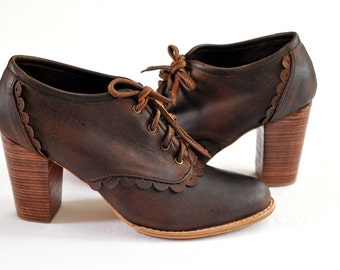LACE. Leather oxford shoes / brown leather oxfords / oxford heels / leather lace up. Sizes US 4-13. Available in different leather colors.