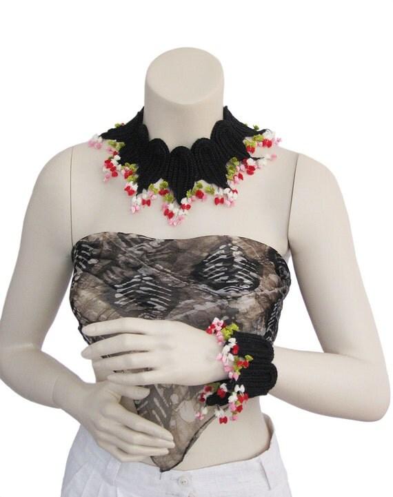 Handmade Crochet, Black Necklace and bracelet,crochet summer jewelry,crochet necklase, crochet jewelry,color necklace,color jewelry