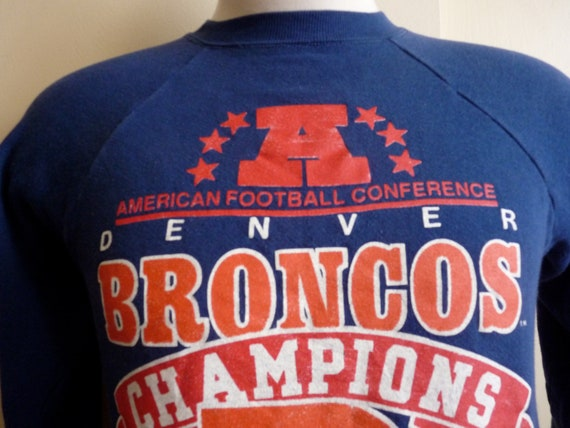 vintage 80's Denver Broncos 1987 american football conference champions commemorative with red text and logos dark navy blue fleece men's sw