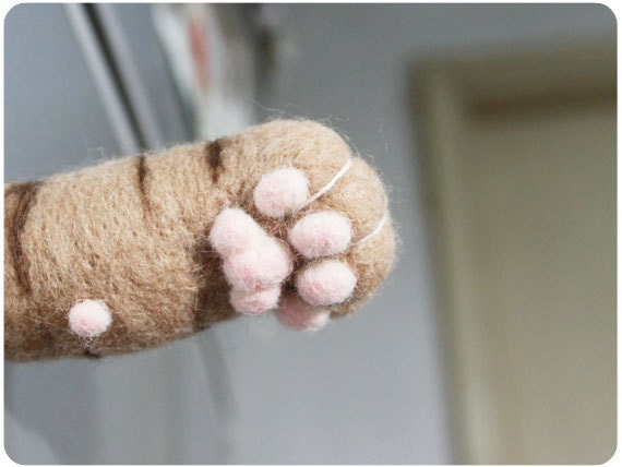 Cat hand paw Magnet - Ginger, needle felted wool