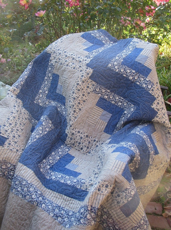 Sale - Queen Quilt - Log Cabin Blues