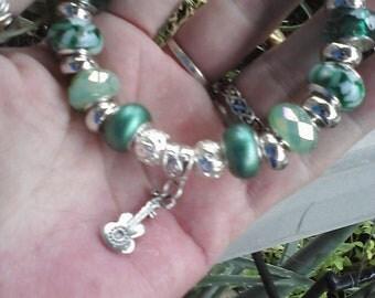 Kentucky Blue Grass, Euro style bracelet
