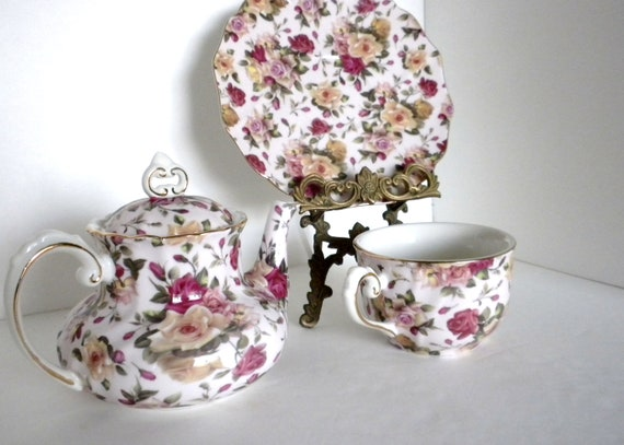 Reserved Listiing,  Vintage, Tea Cup and Tea Pot Set, Pretty, Pink Flowers