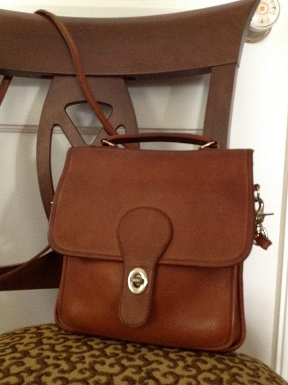 Vtg British Tan Leather Crossbody Messenger Handbag