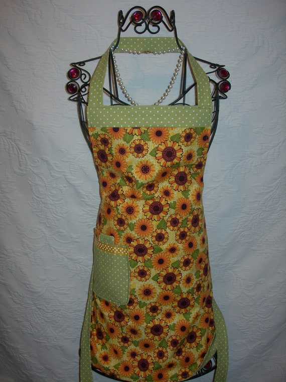 Reversible Apron in Bright and Cheery Sunflowers with sweet pea green polka dots. Good Morning Sunshine....