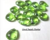 10pcs-10mm lime green briolettes, Czech glass, teardrops, beads, earrings, necklace