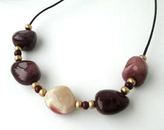 Mookaite Jasper Sliding Stone Adjustable Necklace (maroon)