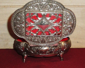 Vintage Ornate Silver Metal Jewelry Box - Collectibles - Trinket Box - Red Felt Lining - Home Decor