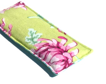 Relaxing Lavender Eye Pillow, Soft Flannel, Aromatherapy, chartreuse, Magenta, Herbal Eye Hot Compress