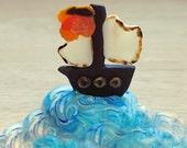 Pirate ship fondant toppers