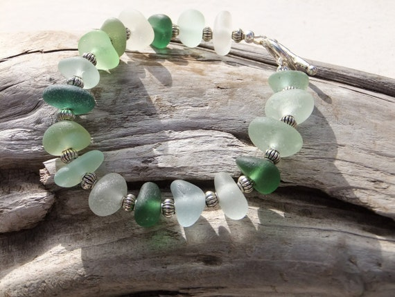 Sea glass bracelet  / beach glass bracelet - Holiday greens -  aqua, olive, gray, white, pale green