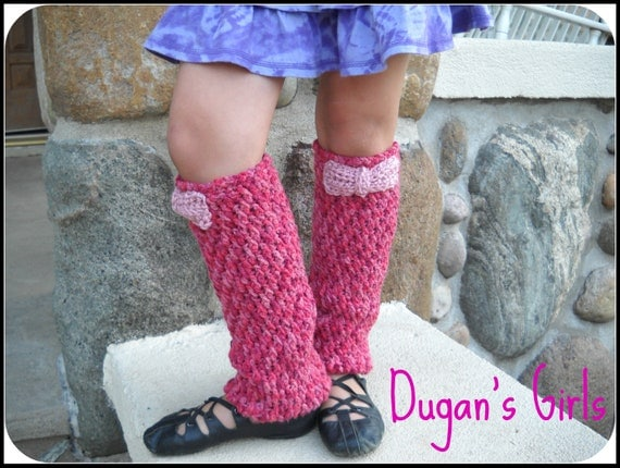 PDF Crochet Pattern Wavy Ribbed Leg Warmers. Baby, toddler, child and adult sizes.