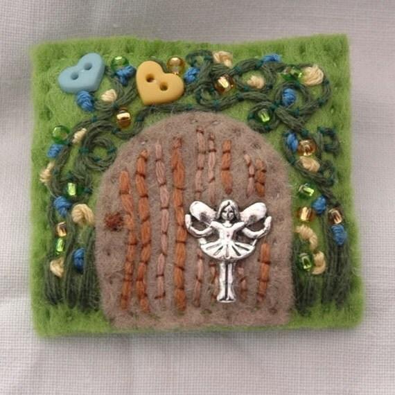 Fairy secret garden brooch - fairy door - hand sewn