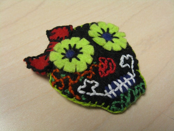 Detailed Sugar Skull Brooch with Rosey Nose