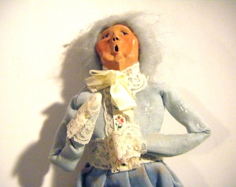 1988 Byers Choice Victorian Grandma Caroler Figure Very Collectible Retired