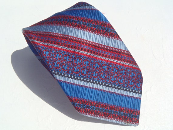 Vintage 1970s Blues and Red Diagonal from Sears Mens Store