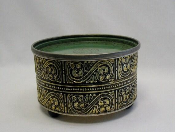 Gouldcraft Round Vintage Tin Footed Storage Tin