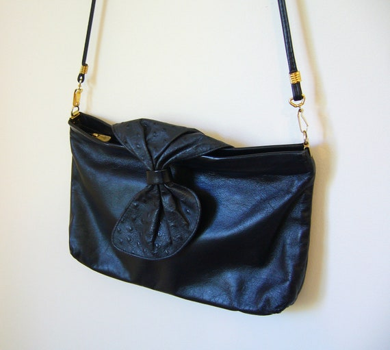 VIntage Black LEATHER Purse/Clutch with Faux Ostrich Bow Detal