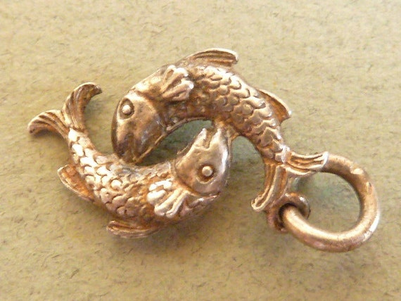 Vintage English Sterling Silver Charm Zodiac Sign pisces Fish Bracelet charm Pendant